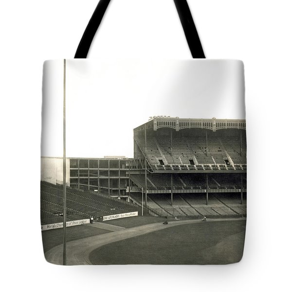 1923 Yankee Stadium Tote Bag by Underwood Archives