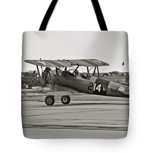 Boeing N2s-4 Stearman Kaydet Tote Bag by Charles Dobbs
