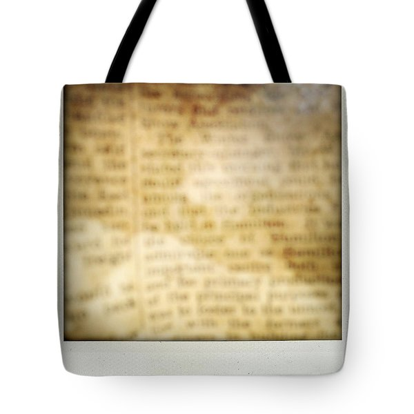 Grunge Newspaper Tote Bag by Les Cunliffe