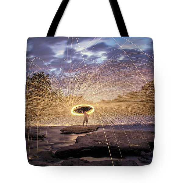 Halo On The American River Tote Bag by Lee Harland