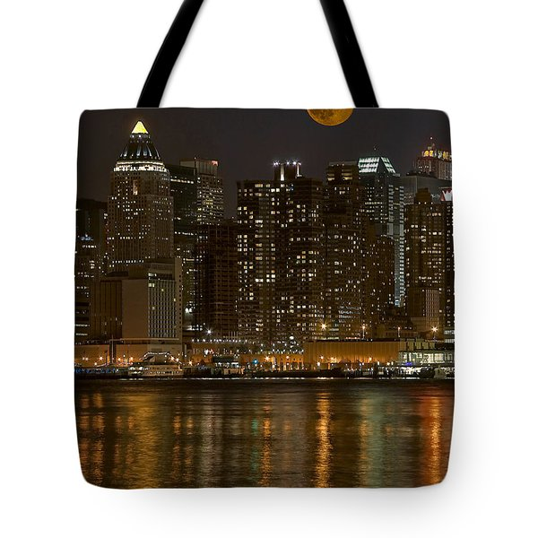 Moonrise Over Manhattan Tote Bag by Susan Candelario
