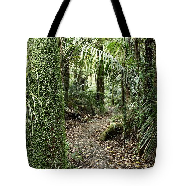 Forest Trail Tote Bag by Les Cunliffe
