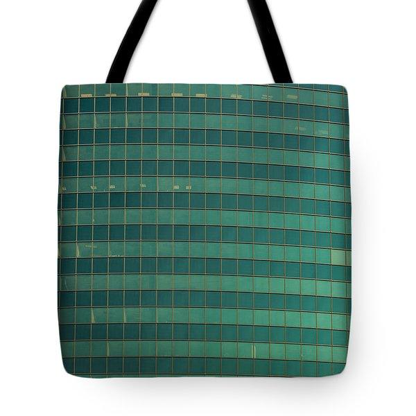333 W Wacker Building Chicago Tote Bag by Steve Gadomski