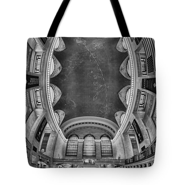 A Grand View Bw Tote Bag by Susan Candelario