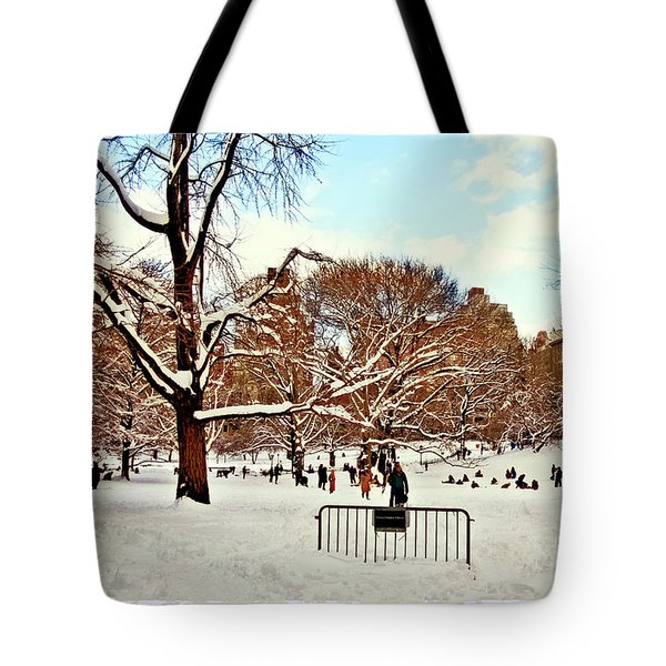 A Snow Day In Central Park Tote Bag by Madeline Ellis