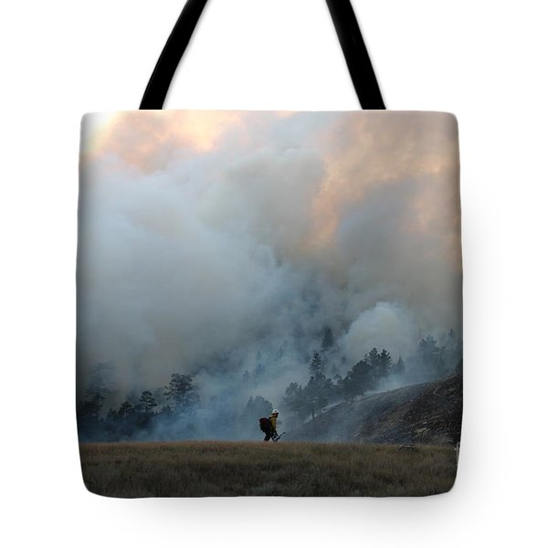 Tote Bag featuring the photograph A Solitary Firefighter On The White Draw Fire by Bill Gabbert