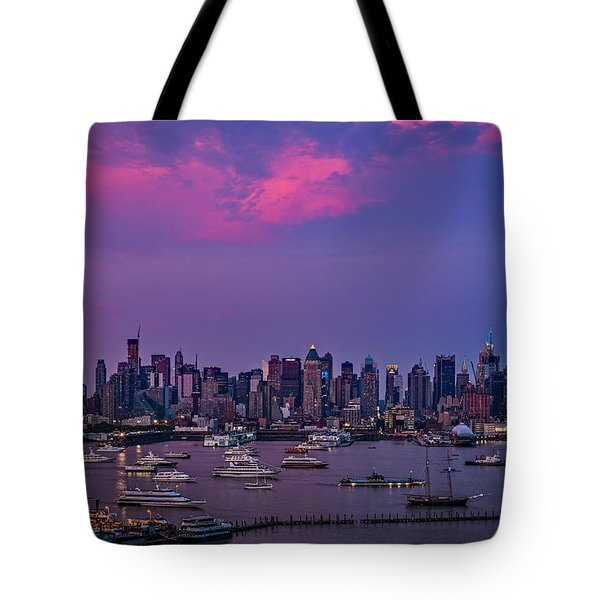A Spectacular New York City Evening Tote Bag by Susan Candelario