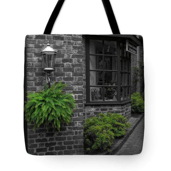 A Touch Of Green In The City Tote Bag by Dan Sproul
