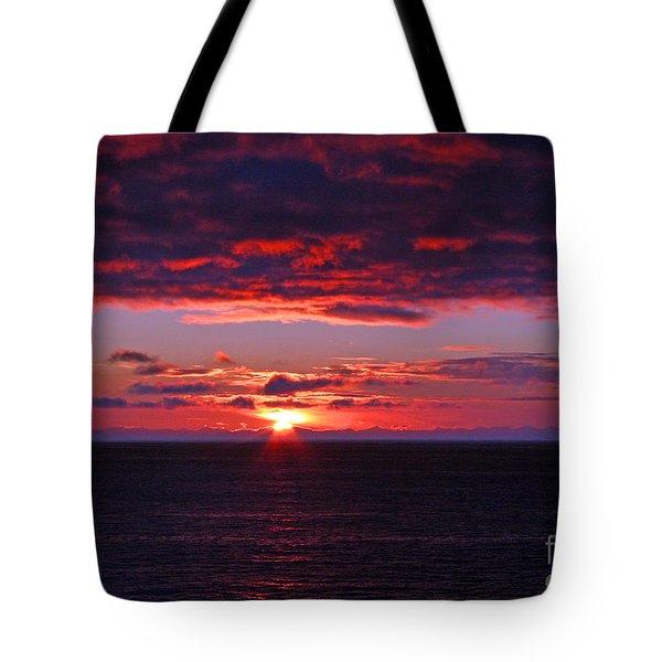 Alaskan Sunset Tote Bag by Bob Hislop