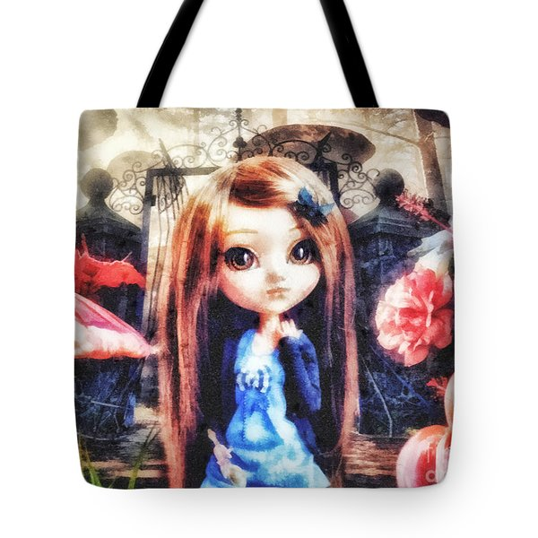 Alice In Wonderland Tote Bag by Mo T