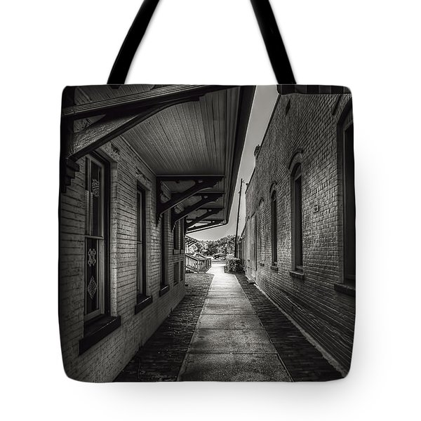 Alley To The Trains Tote Bag by Marvin Spates