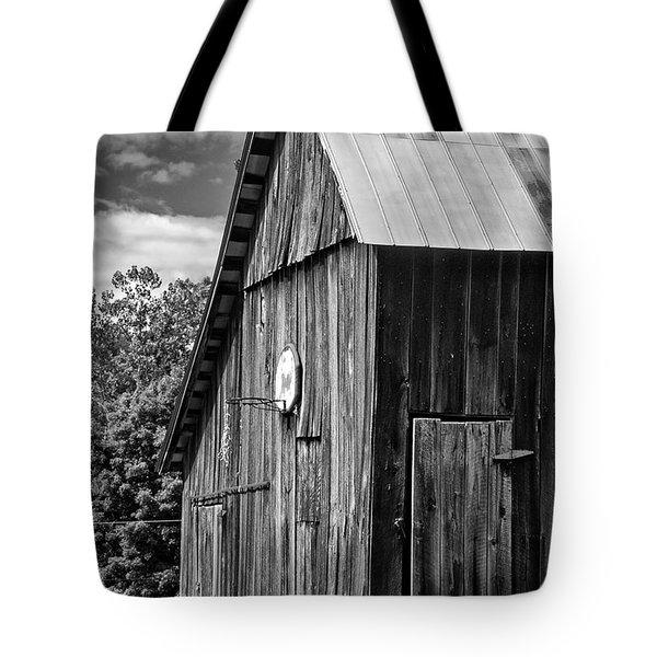 An American Barn bw Tote Bag by Steve Harrington