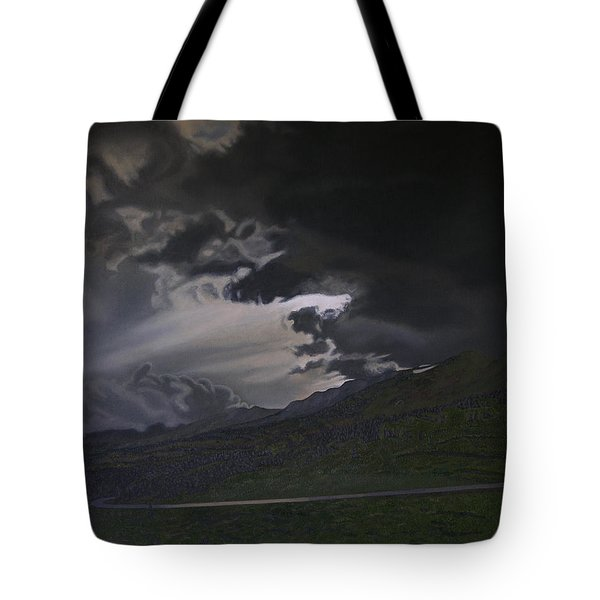 An Opening Tote Bag by Thu Nguyen