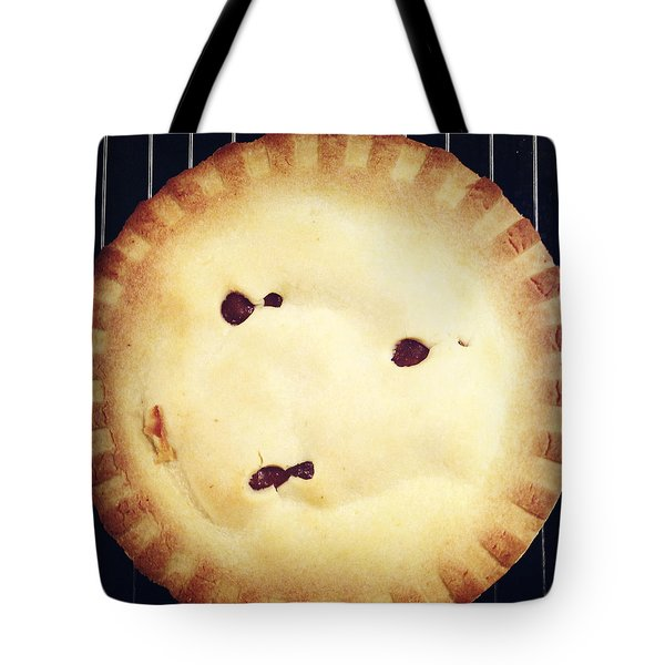 Apple Pie Tote Bag by Les Cunliffe
