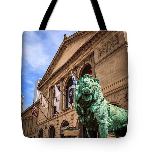Art Institute Of Chicago Lion Statue Tote Bag by Paul Velgos