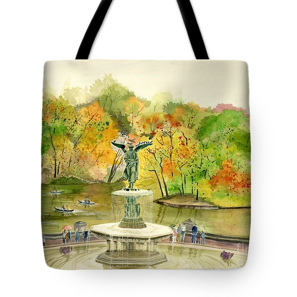 Autumn At Central Park Ny Tote Bag by Melly Terpening