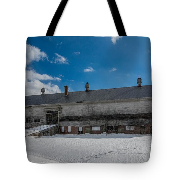 Barn At Amhi   7k00315 Tote Bag by Guy Whiteley