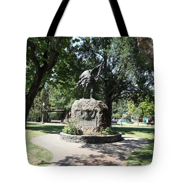 Bear Flag Statue At Sonoma Plaza In Downtown Sonoma California 5D24432 Tote Bag by Wingsdomain Art and Photography