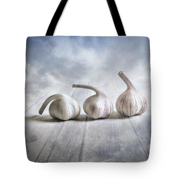 Bending Tote Bag by Veikko Suikkanen