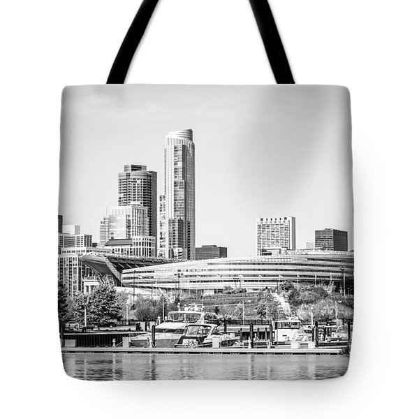 Black And White Picture Of Chicago Skyline Tote Bag by Paul Velgos