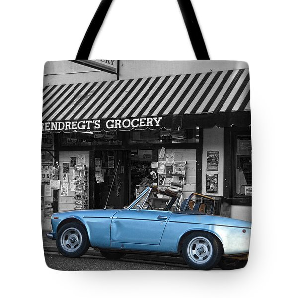 Blue Classic Car In Jamestown Tote Bag by RicardMN Photography
