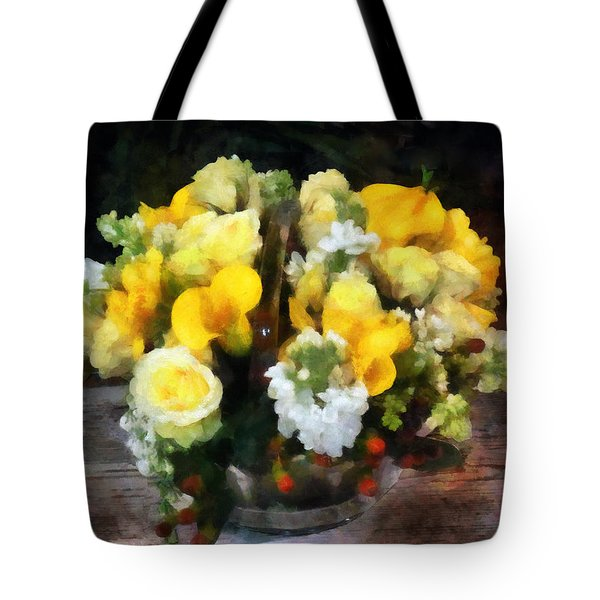 Bouquet With Roses And Calla Lilies Tote Bag by Susan Savad