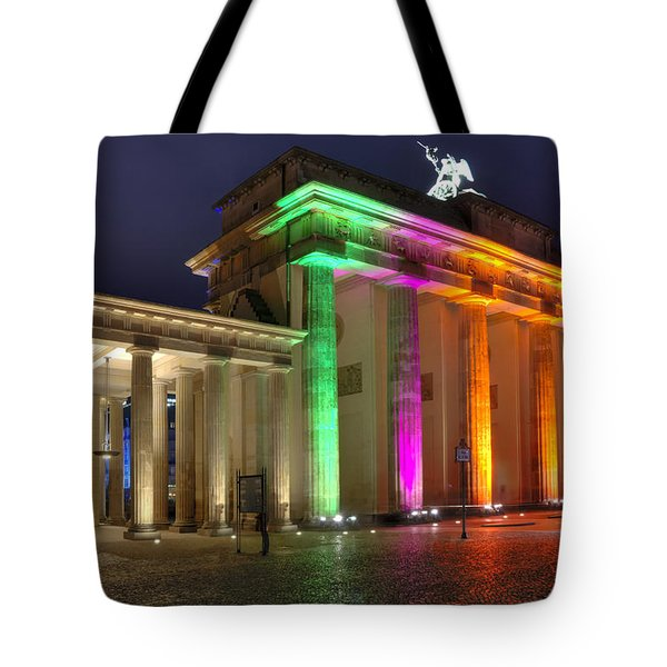 Brandenburger Tor Tote Bag by Steffen Gierok