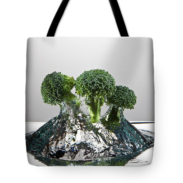 Broccoli Freshsplash Tote Bag by Steve Gadomski