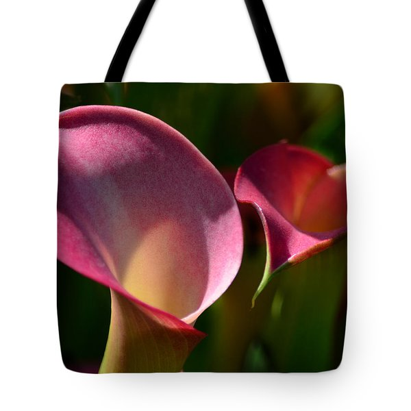 Cala Lilies Light And Shadow Tote Bag by Sandi OReilly