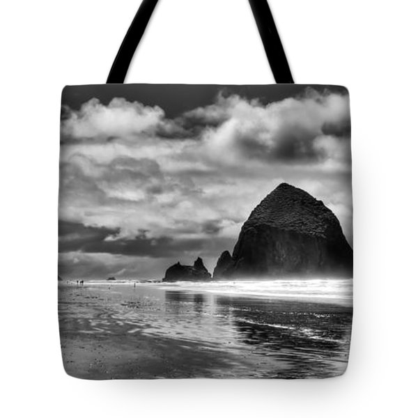 Cannon Beach on the Oregon Coast Tote Bag by David Patterson