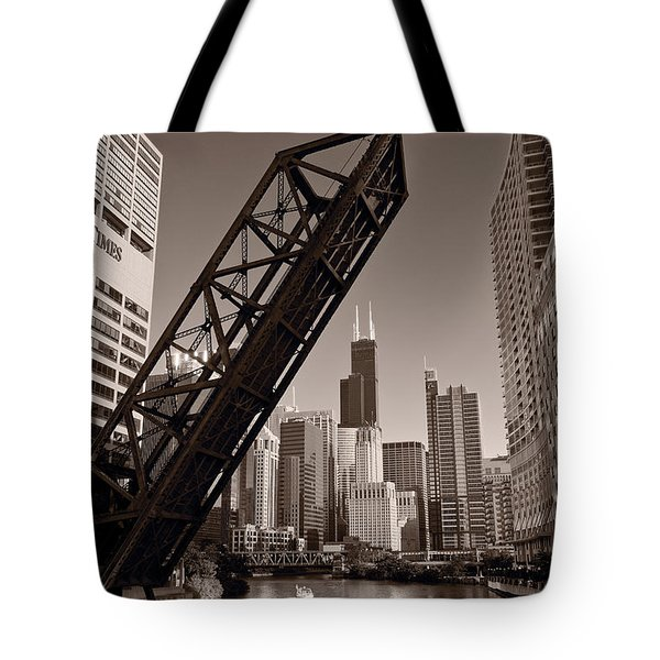 Chicago River Traffic BW Tote Bag by Steve Gadomski
