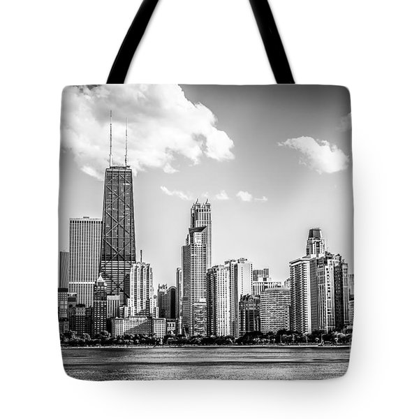 Chicago Skyline Picture In Black And White Tote Bag by Paul Velgos
