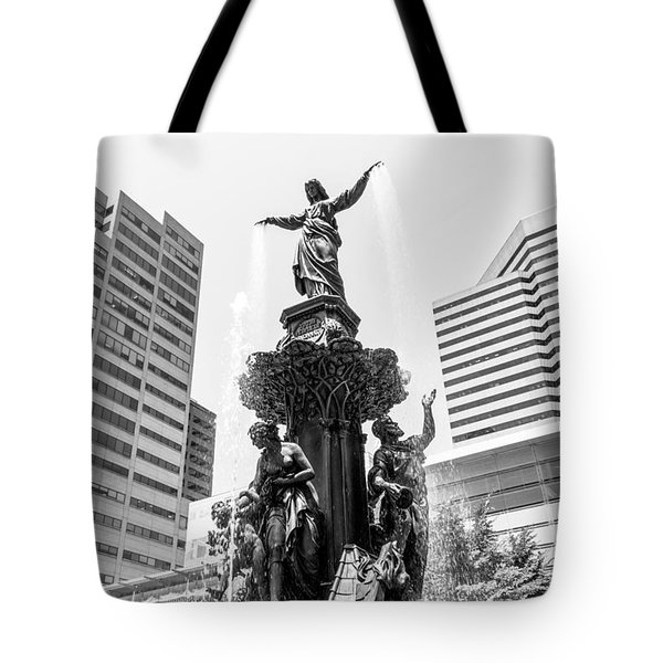 Cincinnati Fountain Black And White Picture Tote Bag by Paul Velgos
