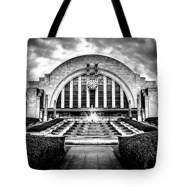 Cincinnati Museum Center Black And White Picture Tote Bag by Paul Velgos