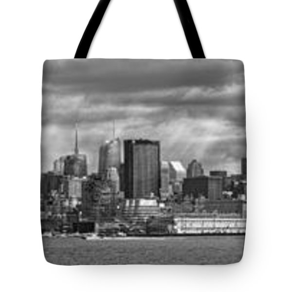 City - Skyline - Hoboken NJ - The ever changing skyline - BW Tote Bag by Mike Savad