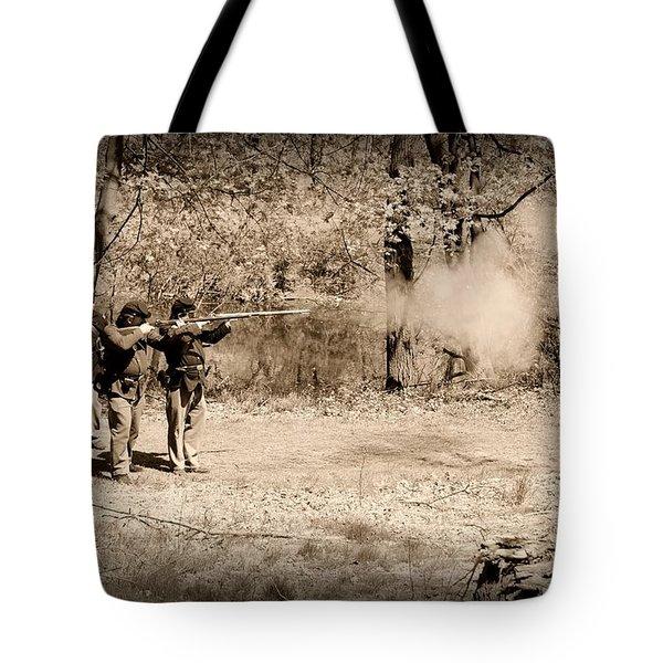 Civil War Soldiers Firing Muskets Tote Bag by Paul Ward