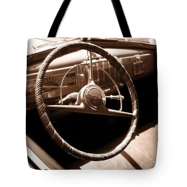 Classic Cars Tote Bag by Edward Fielding