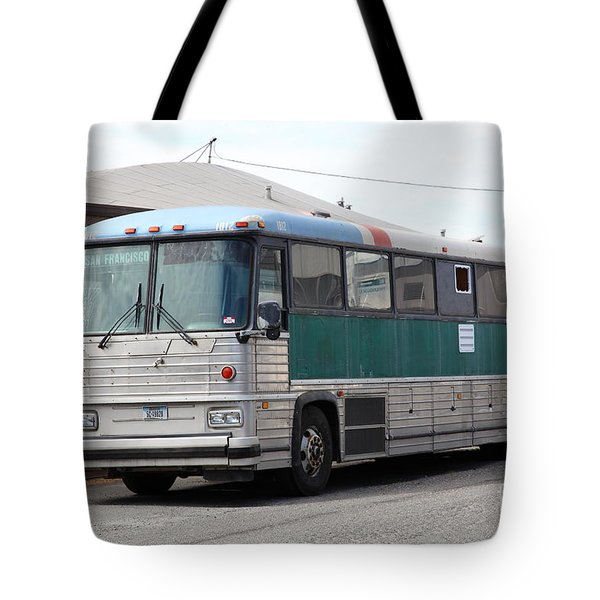 Classic Retro Greyhound Bus 5d25251 Tote Bag by Wingsdomain Art and Photography