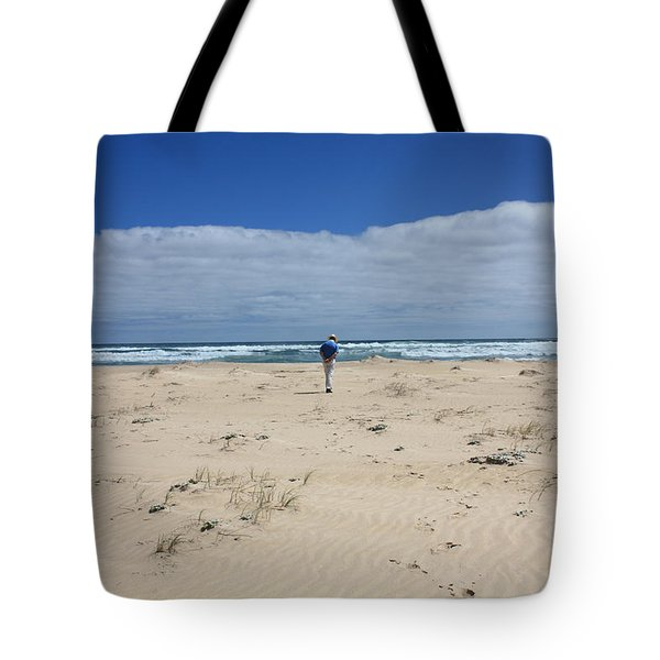 Contemplation Tote Bag by Elaine Teague