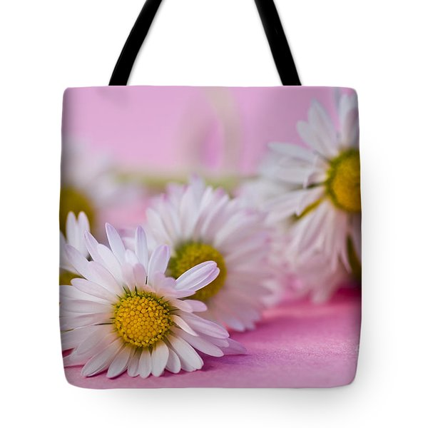 Daisies On Pink Tote Bag by Jan Bickerton