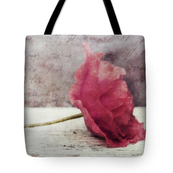 Decor Poppy Horizontal Tote Bag by Priska Wettstein