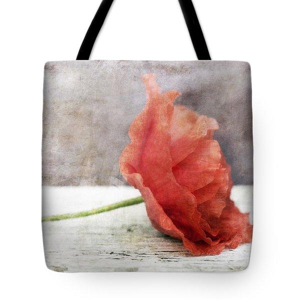 Decor Poppy Red Tote Bag by Priska Wettstein