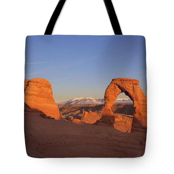 Delicate Arch at Sunset-2 Tote Bag by Alan Vance Ley