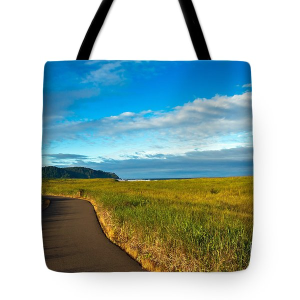 Discovery Trail Tote Bag by Robert Bales