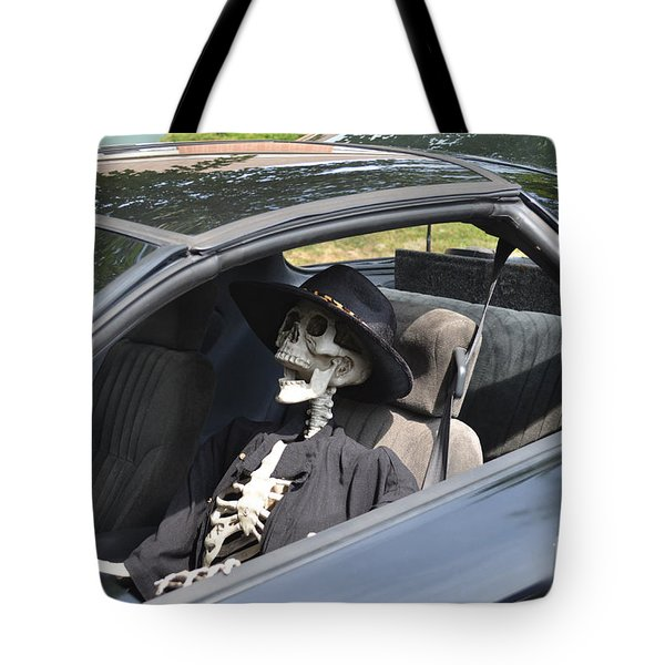 Don't Text And Drive Tote Bag by Luther   Fine Art