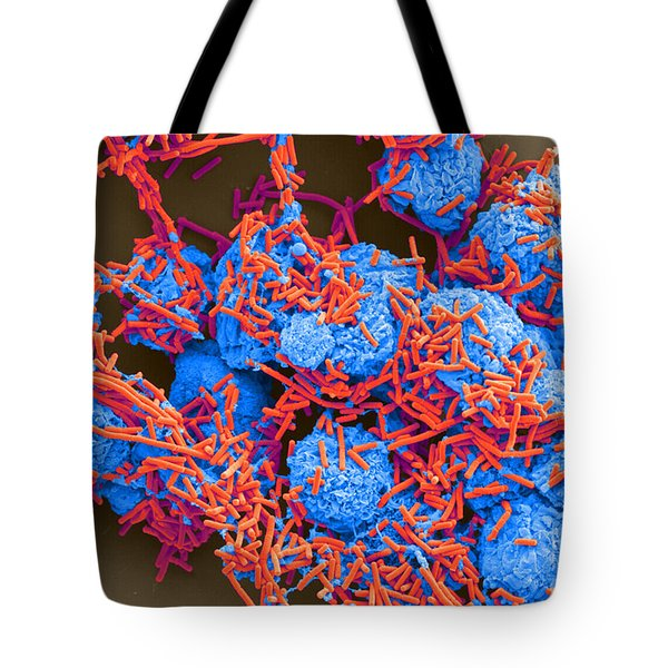 E Coli And Macrophages Sem Tote Bag by Science Source