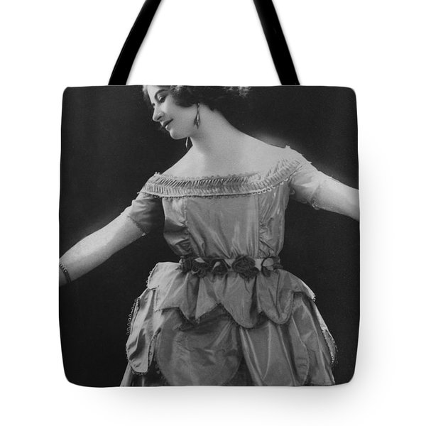 Esther Lachmann Tote Bag by French Photographer