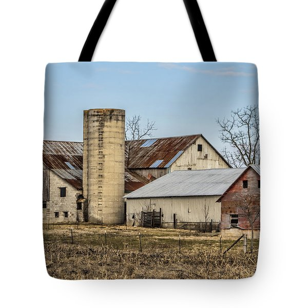 Ethridge Tennessee Amish Barn Tote Bag by Kathy Clark