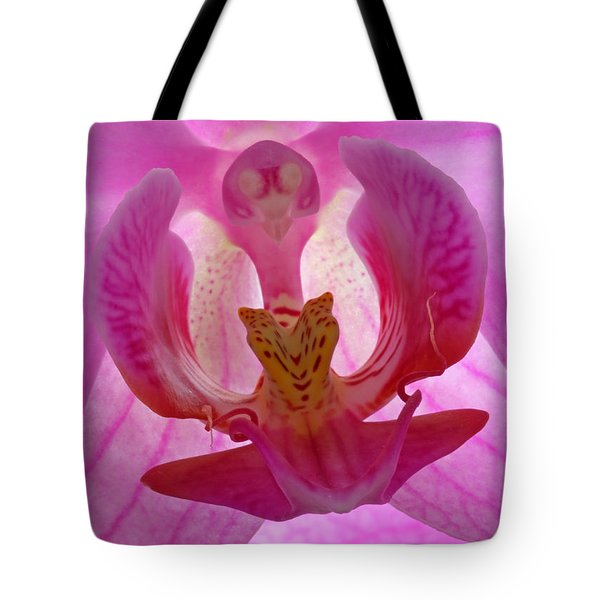 Extremely Loud And Incredibly Close Tote Bag by Juergen Roth