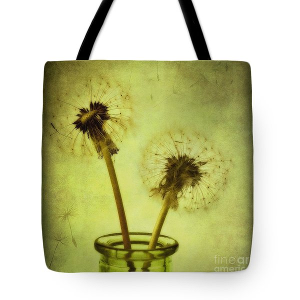 fly away Tote Bag by Priska Wettstein